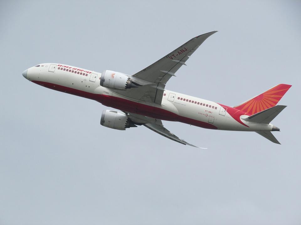 1. httpspixabay.comenplane-spotting-plane-heathrow-2311053